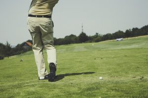 54e6d54b4e50ac14f6da8c7dda793278143fdef85254764871267dd09544 640 300x200 - Amazing Tips On How To Improve Your Golf Game