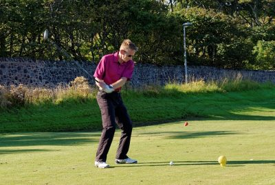 5fe7d54b435bb108f5d08460962d317f153fc3e45656714f75277cdd95 640 400x270 - Super Tips To Increase Your Golfing Game